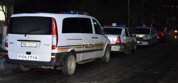 SCANDAL cu pumni și picioare în fața unui local din Dej! Două persoane au fost reținute de polițiști