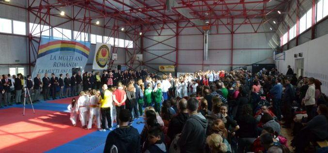 """CS Budokan Ryu, 13 medalii la Cupa de Karate pentru Copii """"Mickey Mouse"""" Florești – FOTO"""
