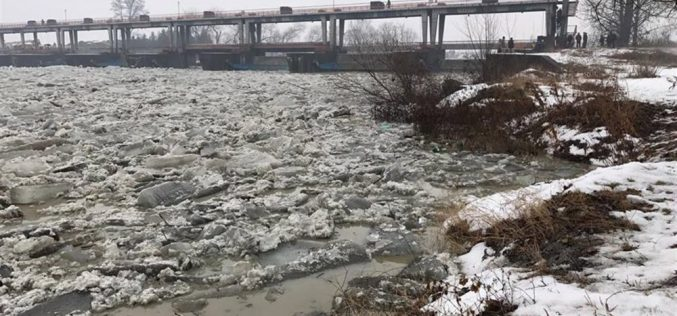 Pericol de inundații în apropiere de Dej! Hidrologii au instituit COD GALBEN