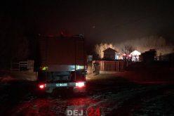 INCENDIU la o cabană din Jichișu de Jos. Au intervenit pompierii din Dej – FOTO