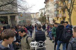 Un liceu din Dej, EVACUAT din cauza mirosului de gaze – FOTO
