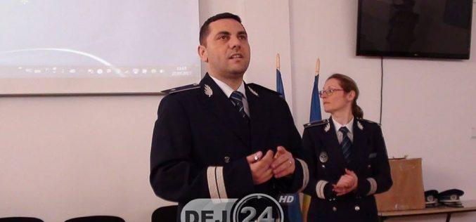 Elevi din Dej, instruiți de polițiști pe tema protejării patrimoniului cultural – FOTO/VIDEO