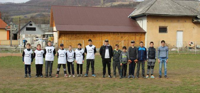 """Competiţii sportive la Şcoala Gimnazială Chiuieşti, cu prilejul săptămânii """"Școala Altfel"""" – FOTO"""