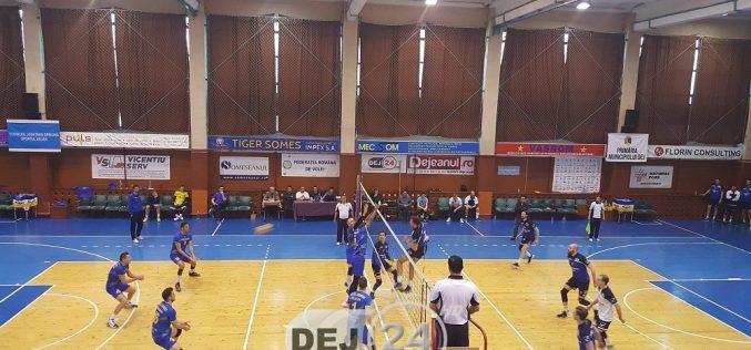Unirea Dej a pierdut, 1-3, cu Caransebeș. Sportivii din Dej au REVENIT INCREDIBIL pe tabelă – FOTO