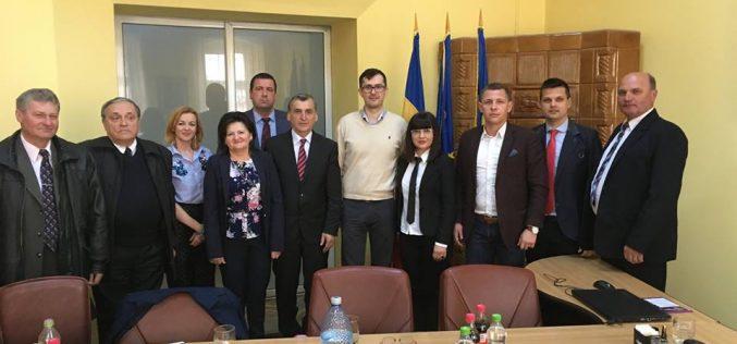 Secretarul de stat în Ministerul Sănătății Rares Trişcă, vizită de lucru la Primăria Dej – FOTO