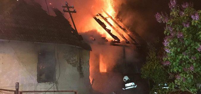 INCENDIU la un atelier din Dej. Pompierii, intervenție de urgență – FOTO/VIDEO
