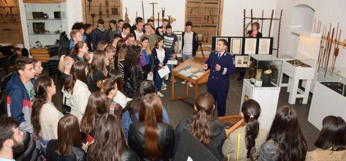 Muzeul Municipal Dej, implicat într-o activitate preventivă demarată de IPJ Cluj
