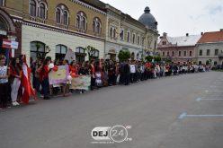 Ziua Europei a fost marcată astăzi și la Dej, în Piața Bobâlna – FOTO/VIDEO