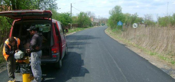 Drumul Județean 109E, Viile Dejului – Vad, în plin proces de asfaltare – FOTO