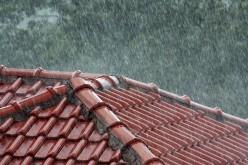 AVERTIZARE. Descărcări electrice, ploi torențiale și grindină de mici dimensiuni la Dej