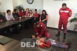 Curs de prim-ajutor susținut de paramedicii SMURD într-un local din Dej – FOTO