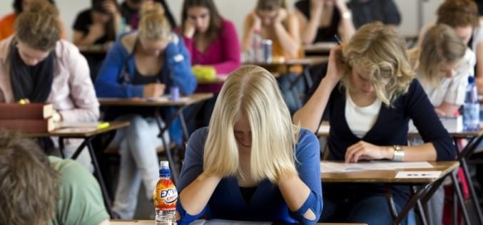 Un elev din Dej care susținea prima probă scrisă a Bacalaureatului, scos din sala de examen!