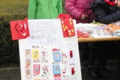 Clubul Copiilor Dej, prezent la o expoziție cu vânzare de mărțișoare în Gherla