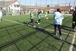 Şcoala Gimnazială Rugăşeşti a câștigat etapa judeţeană la fotbal feminin – FOTO