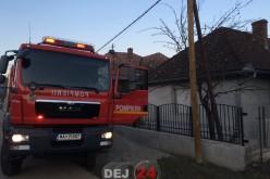 INCENDIU în Uriu. Acoperișul unei case a luat foc