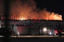 Incendiu VIOLENT în Ciceu Mihăiești. Flăcările au mistuit tot în calea lor – VIDEO