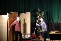 """Menage a trois"", un nou succes la Centrul Cultural Arta din Dej – FOTO/VIDEO"