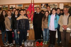 """Ziua Veteranilor de Război, marcată de Școala Gimnazială """"Avram Iancu"""" Dej – FOTO"""