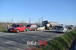 Accident cu mai multe mașini implicate, la ieșire din Dej – FOTO/VIDEO