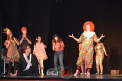 """Trupa de teatru francofon """"Caractères"""" participă la Fêt'Art 2015 în Franţa"""
