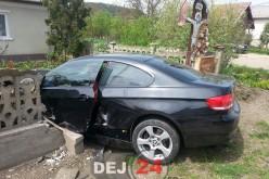 Accident  la Jucu. O femeie a rămas încarcerată, două mașini s-au făcut praf – FOTO/VIDEO