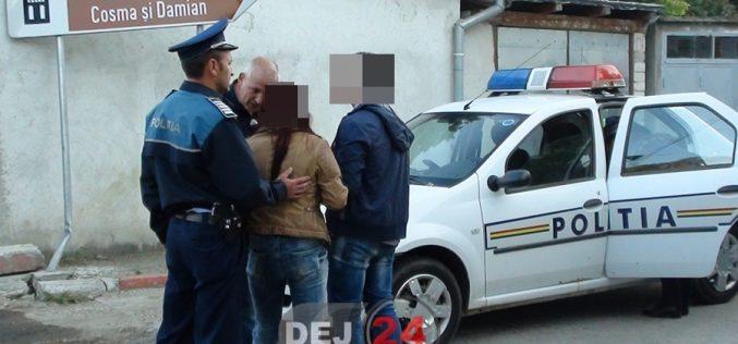 Tineri bănuiți de comiterea mai multor furturi pe raza municipiului Dej, identificați și reținuți de polițiști