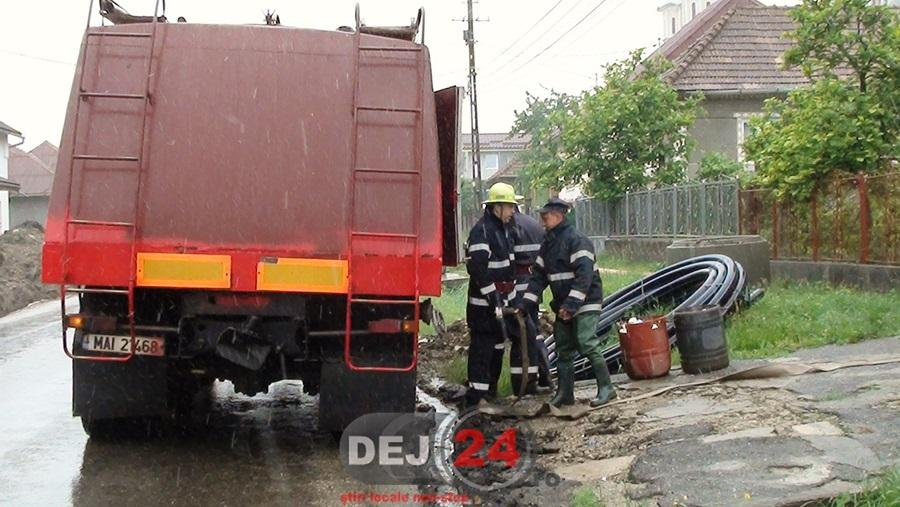 inundatii pompieri (1)