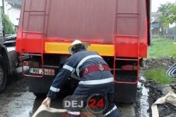 Pompierii, pregătiți să intervină la INUNDAȚII. Codul PORTOCALIU, încă în vigoare