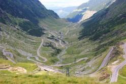 Circulația rutieră pe Transalpina și Transfăgărășan va fi închisă temporar