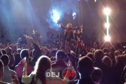 Formația Talisman a făcut aseară show la Gherla. Publicul a dansat până la miezul nopții – FOTO