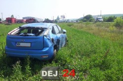 Accident între Ilișua și Dobric. O mașină a ieșit de pe drum, șoferița rănită