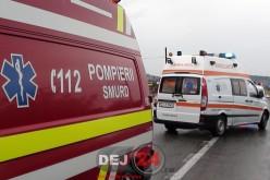 GRAV ACCIDENT la Dej. Două persoane au ajuns la spital