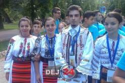 """Peste o sută de tineri din Dej au participat la """"Întâlnirea Tinerilor Ortodocși din Europa"""" – FOTO"""