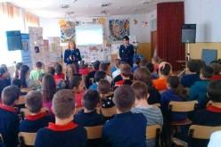 Elevi din Gherla și Cluj, vizită la Penitenciarul Gherla. Activitatea face parte dintr-o campanie a Poliției Române – FOTO