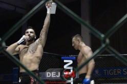 Adrenalină, forță, sânge și eroism. Suprem Night Fight la Dej – 1000 FOTOGRAFII + VIDEO