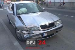 ACCIDENT în Dej: S-a urcat băut la volan și a intrat în coliziune cu un autoturism parcat – FOTO