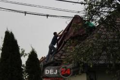 Pompierii din Dej au intervenit la o casă lovită de fulger, în Sic – FOTO