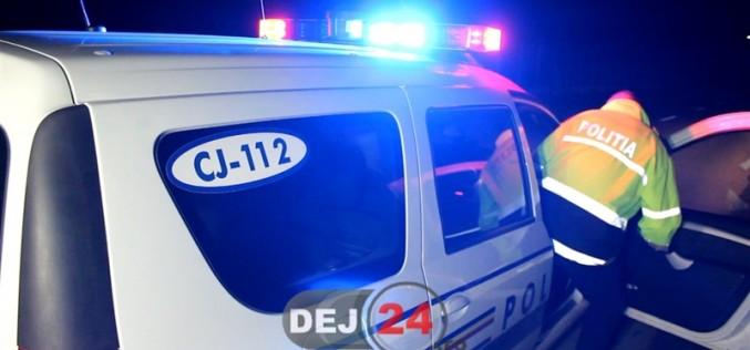 Conducător auto din Cășeiu, depistat de polițiști, lângă Gherla, RUPT DE BEAT la volan!