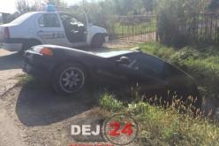 Accident în Coplean. O mașină a ieșit de pe șosea și s-a oprit în șanț – FOTO