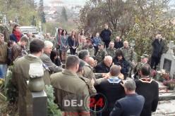 Ziua Veteranilor, marcată la mormântul Maiorului (pm) Vasile Unguraș din Dej – FOTO/VIDEO