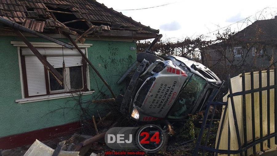accident Fundatura masina in casa (1)