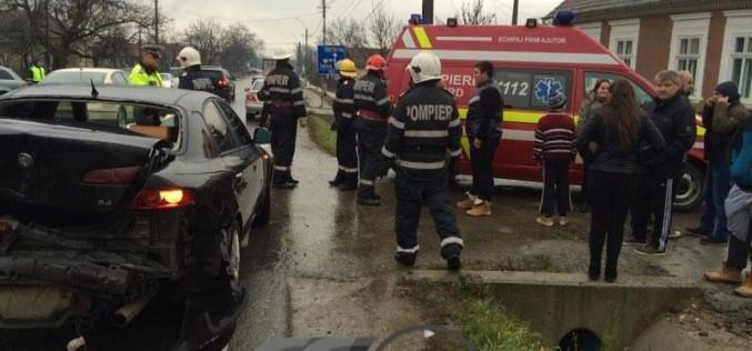ACCIDENT la Câțcău. Două autoturisme implicate – FOTO/VIDEO
