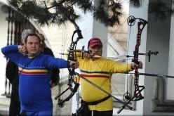 Doi arcași din Dej s-au remarcat la o demonstrație de tir cu arcul, în București