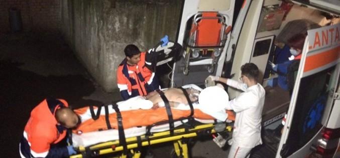 Cluj   Şi-a bătut bunica până a băgat-o în spital, după care a jefuit-o