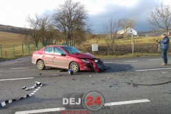 GRAV ACCIDENT la Răscruci. A adormit la volan și a ajuns sub un camion – FOTO/VIDEO