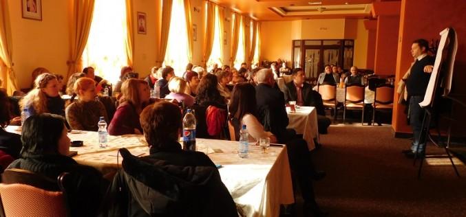 Seminar despre comunicarea verbală și nonverbală, la Dej – FOTO
