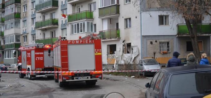 EXPLOZIE PUTERNICĂ în Cluj-Napoca. 3 persoane rănite, 7 apartamente avariate – FOTO