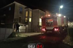 Incendiu pe o stradă din Dej. Pompierii l-au lichidat în scurt timp – FOTO