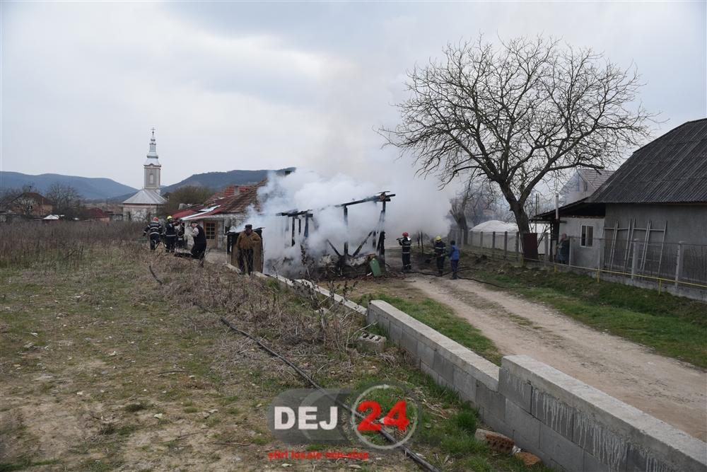 Incendiu Urisor Detasamentul de Pompieri Dej (3)
