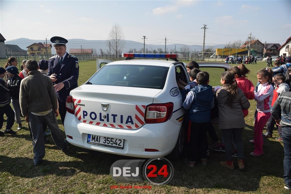 Ziua Politiei Romane activitate elevi Caseiu (39)